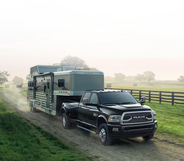 2018 RAM 3500 Truck | RAM Trucks Canada