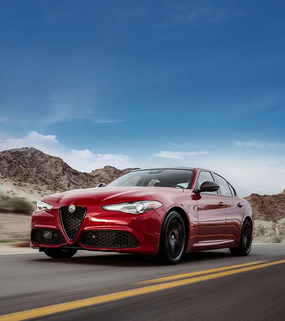 2018 Alfa Romeo Giulia >> 2018 Alfa Romeo Giulia Luxury Sport Sedan Canada