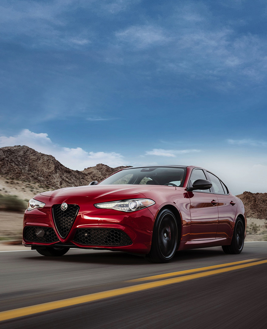 2019 Alfa Romeo Giulia - A Luxurious World Class Sports Sedan