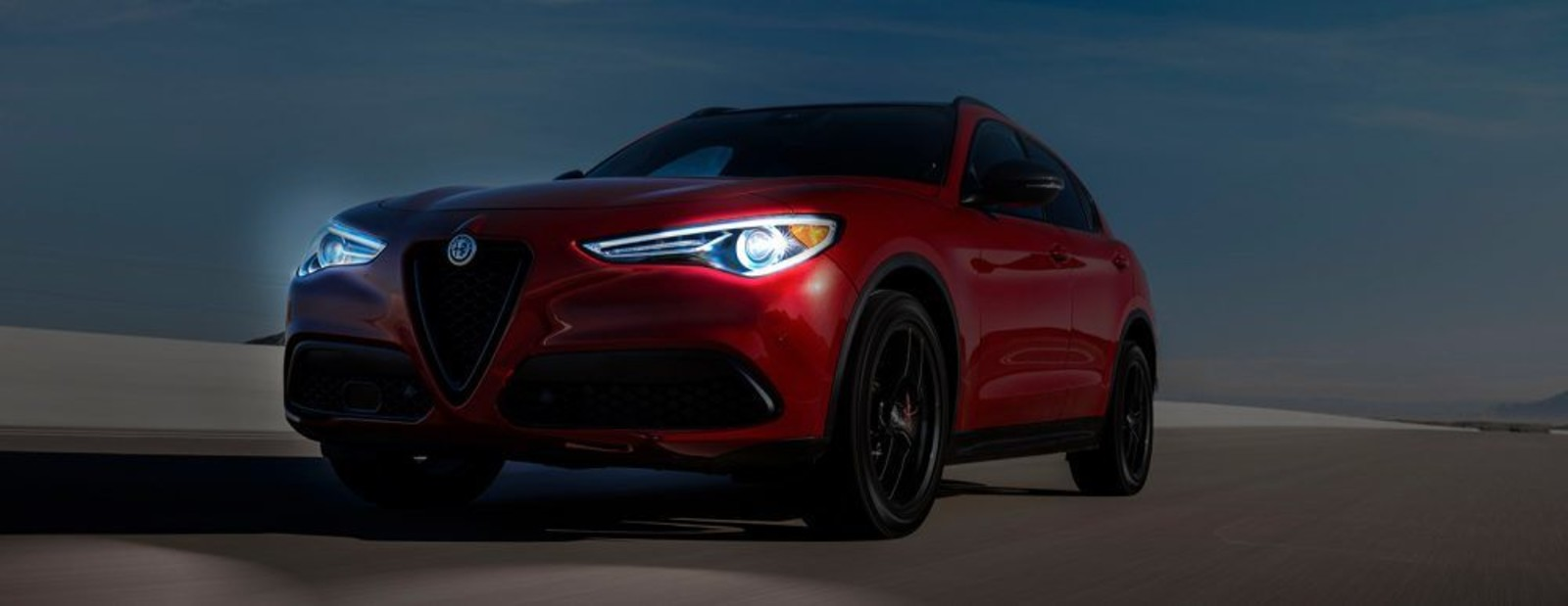 2019-AlfaRomeo-VLP-Stelvio-Headlamps-Night