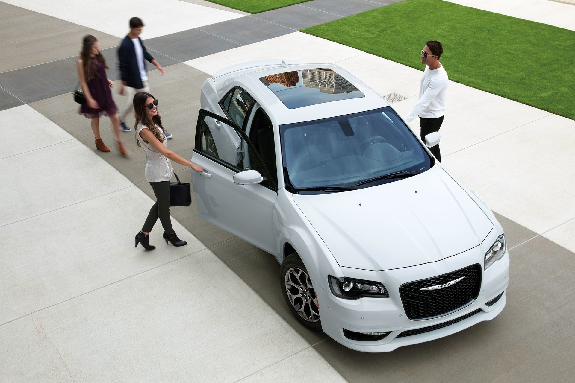 2019 Chrysler 300 aerial view in white with sunroof