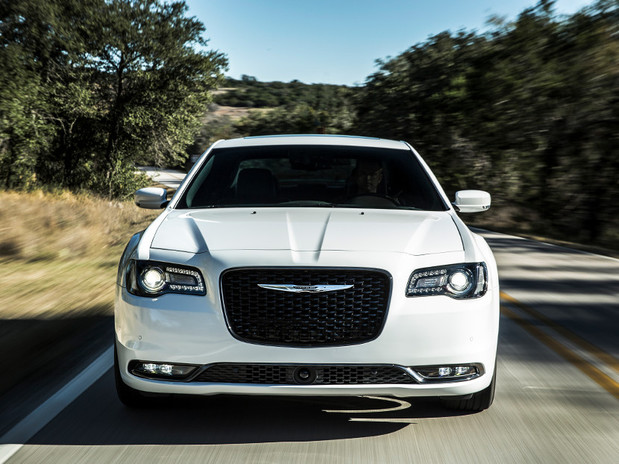 2018 Chrysler 300, Shown in white