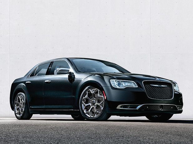 2018 Chrysler 300 Luxury Sedan