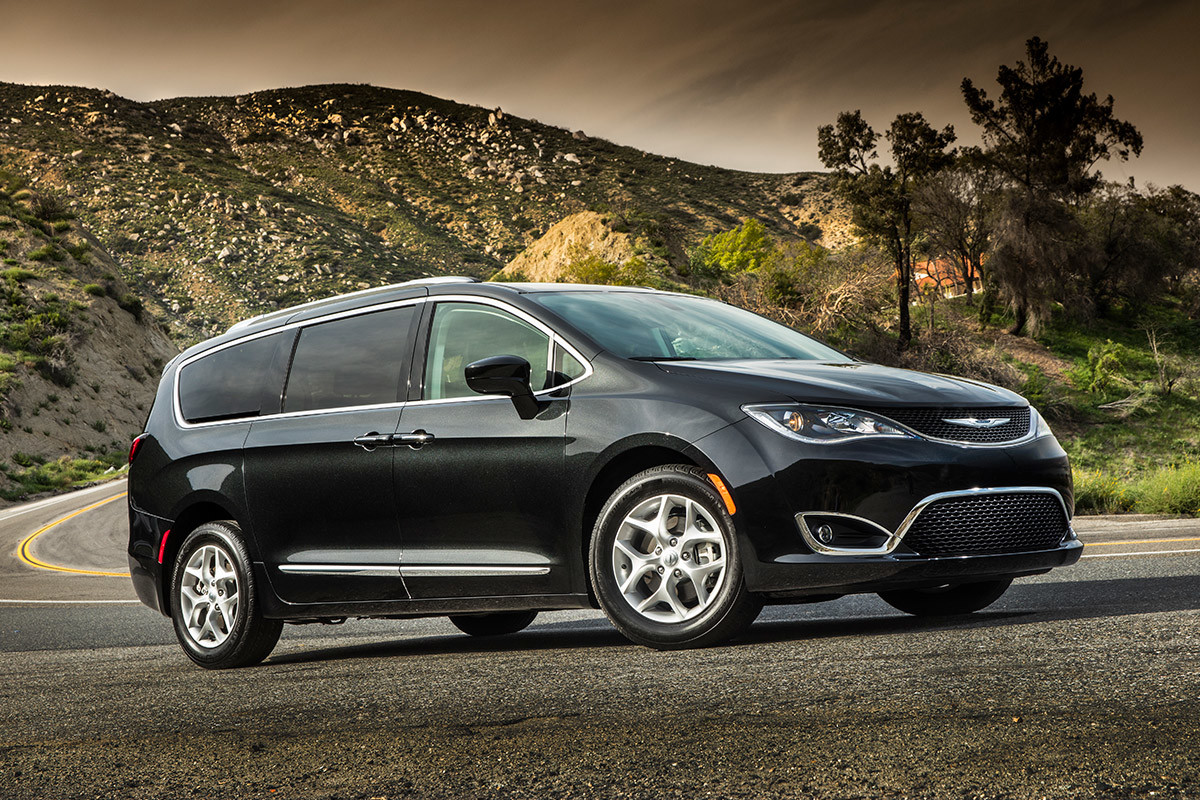 Chrysler Pacifica 2018 Exterior, Side view