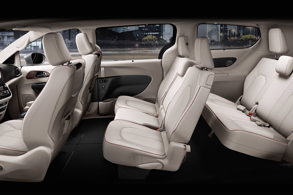 2018 Chrysler Pacifica Technology Seat Up To 8 Comfortably