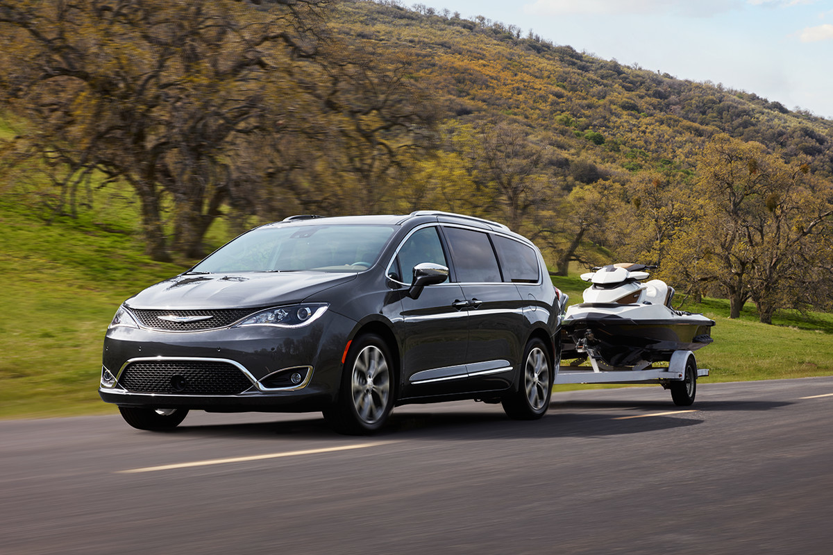 2018 Chrysler Pacifica Efficiency Handling