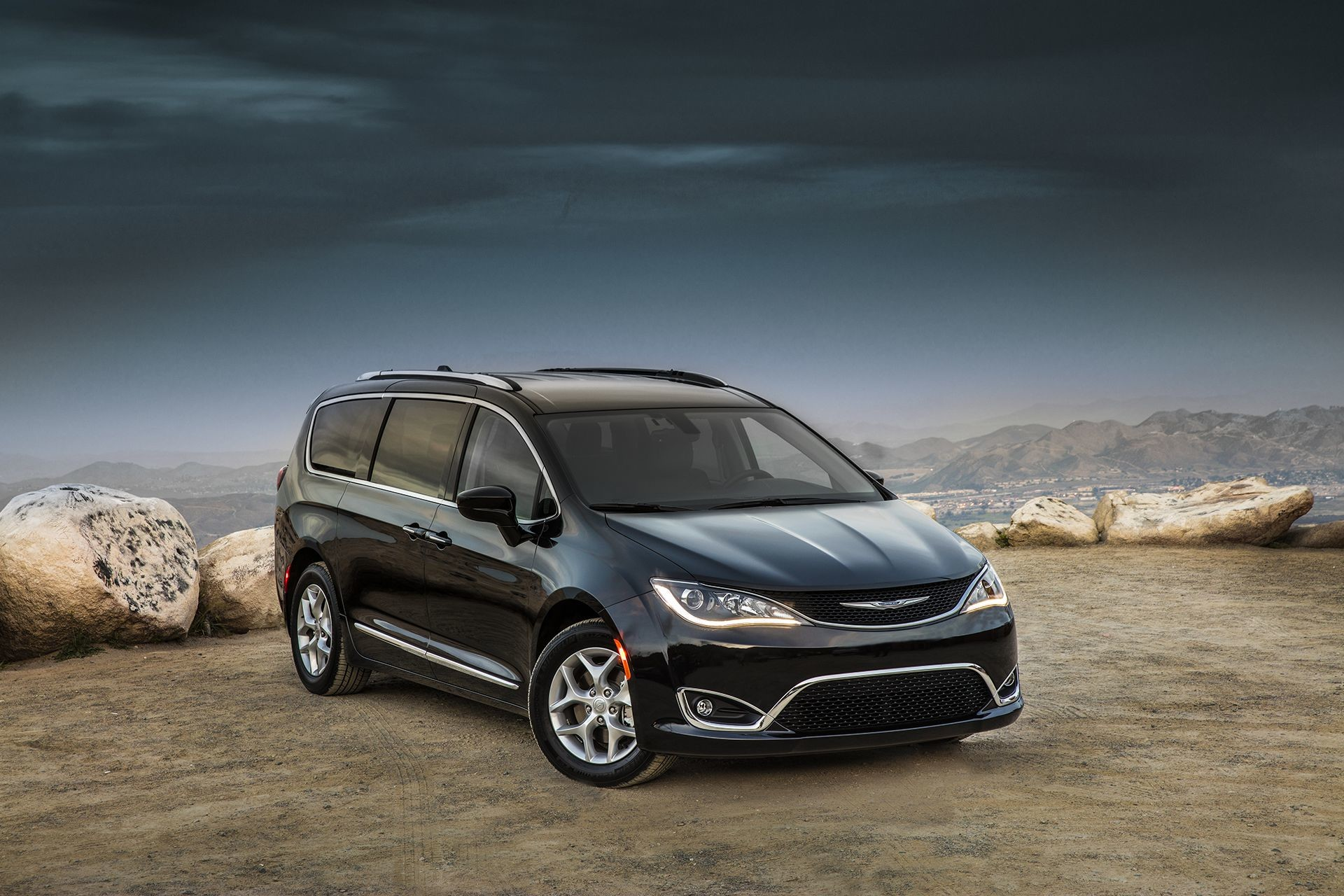 Chrysler Pacifica 2018 Exterior Pacifica Colour Choices