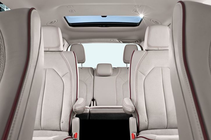 2018 chrysler pacifica interior. brilliant interior 2018chryslerpacificainteriorseatingseatrearsunroof with 2018 chrysler pacifica interior