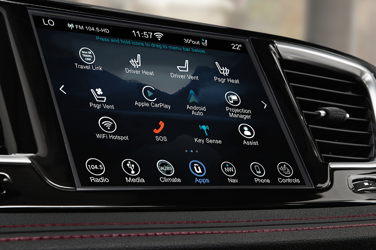 2019 Chrysler Pacifica Uconnect Screen with SiriusXM