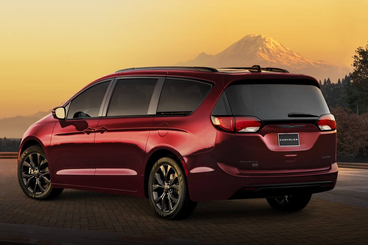 2020 Chrysler Pacifica 35th edition in red showing the rear and 35th badge