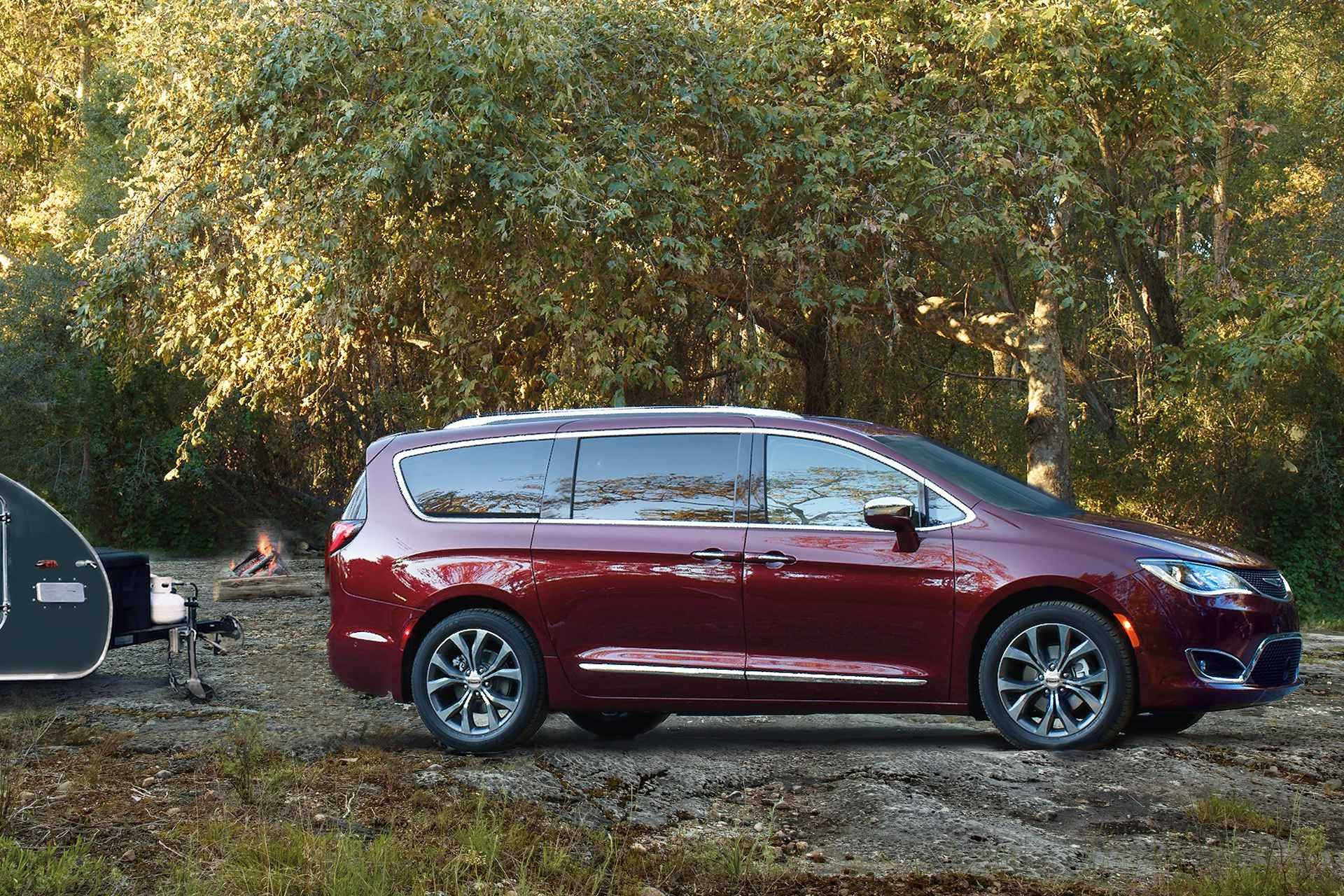 2019 Chrysler Pacifica red exterior parked trailer