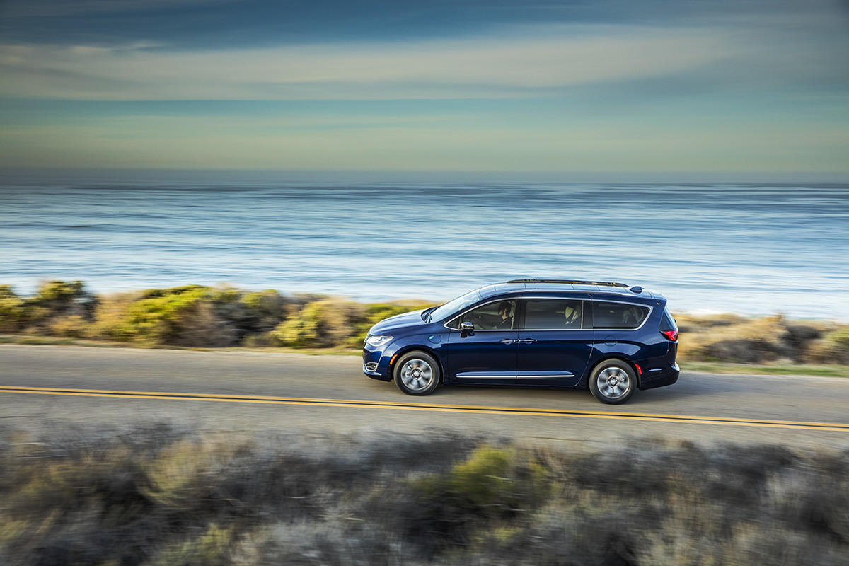 Chrysler Pacifica Hybrid 2018 Efficiency Best in Class Fuel Economy