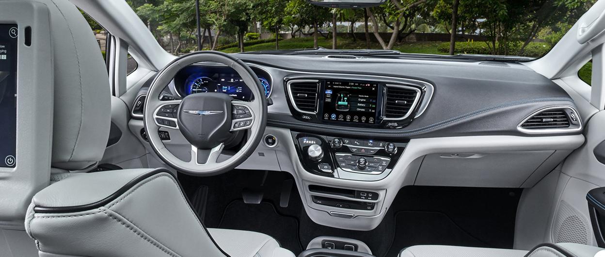 17161979f9 2019 Chrysler Pacifica Hybrid