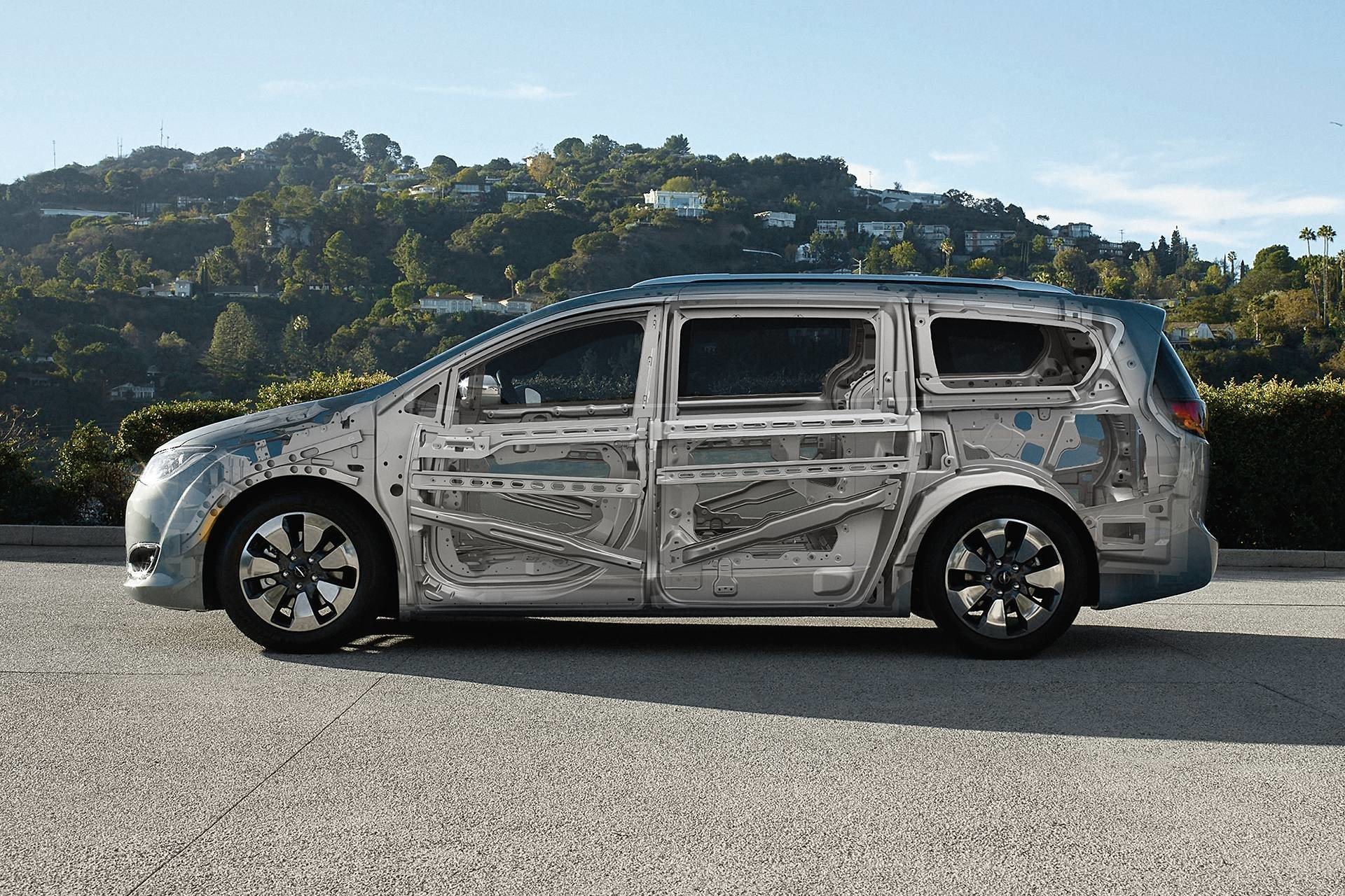 2019 Chrysler Pacifica Hybrid exterior sideview showing steel safety cage