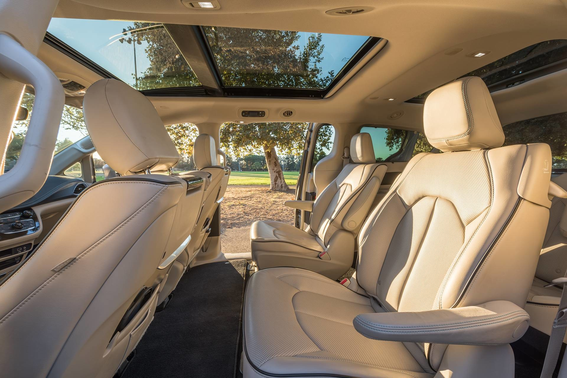 2019 Chrysler Pacifica Hybrid side view of premium nappa leather faced interior