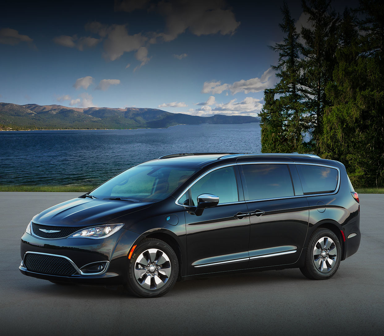 Best Minivans 2020.2020 Chrysler Pacifica Hybrid Chrysler Canada