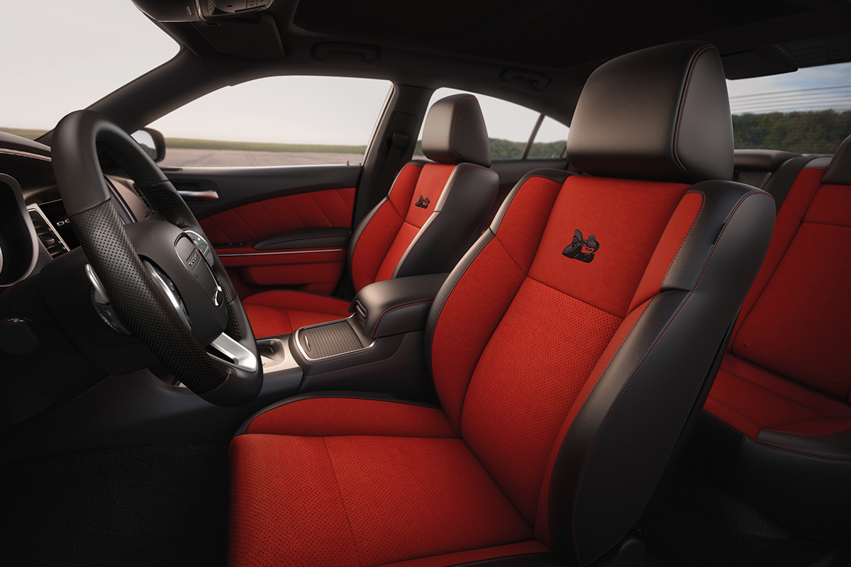 2019 Dodge Charger interior seating selection