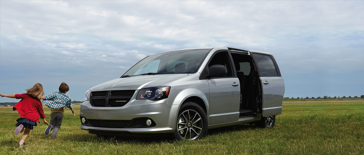 2017 Dodge Grand Caravan is Canada's Best-Selling Minivan