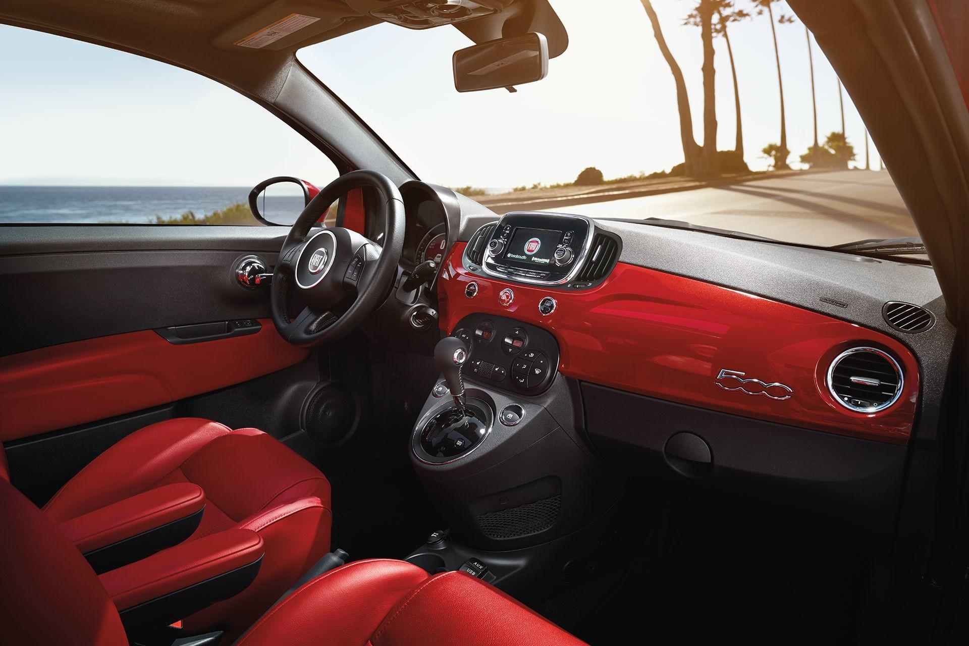 Vaak 2018 FIAT 500 - Interior Gallery | FIAT Canada &YU92