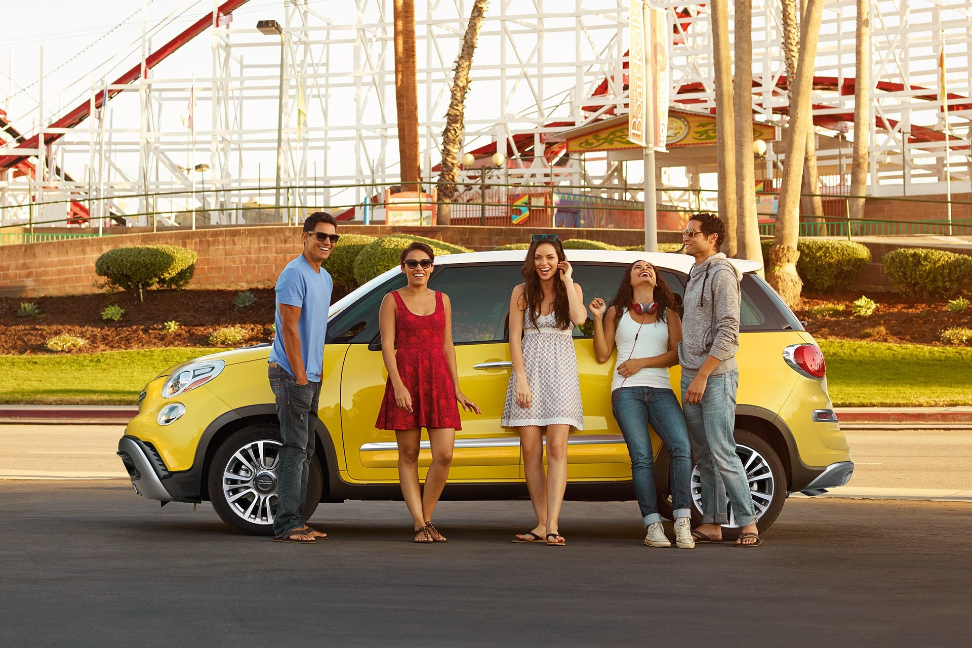 2018 Fiat 500L exterior side view in yellow