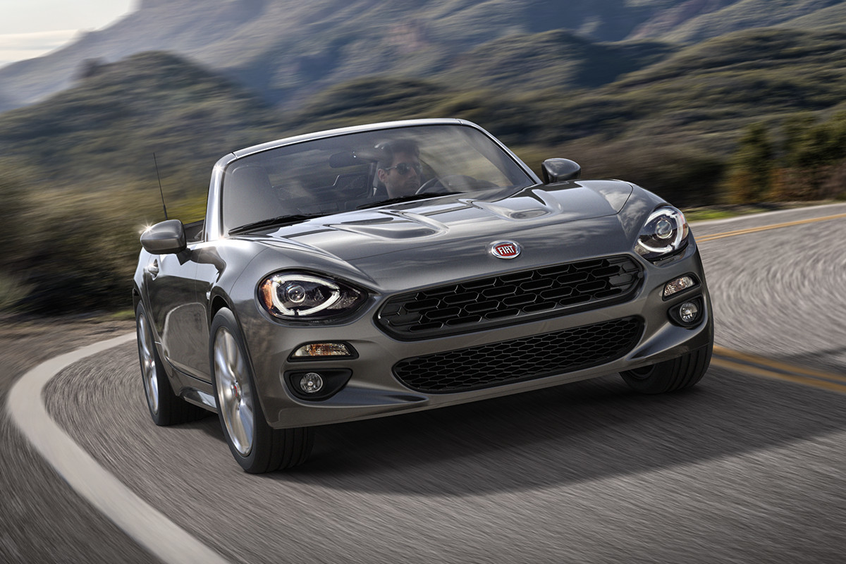 2018 Fiat 124 Spider Roadster excellent power-to-weight ratio