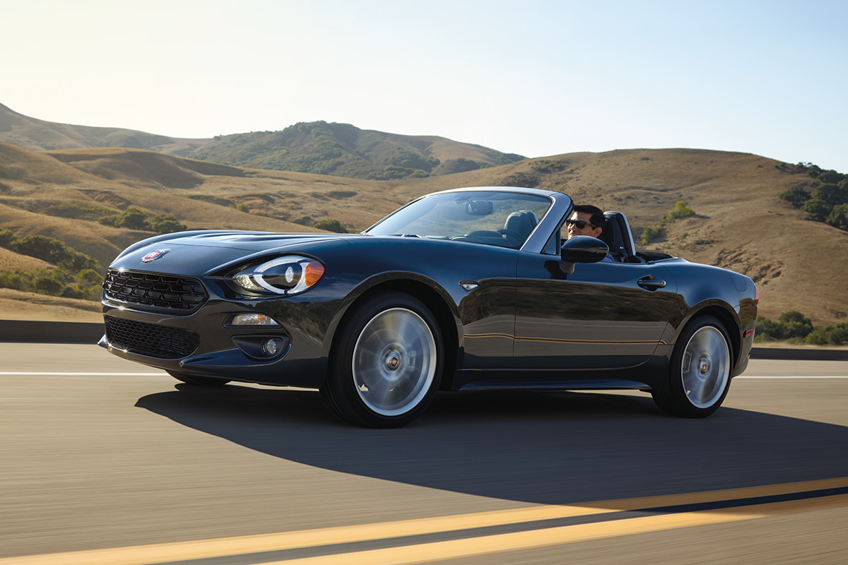 2018 Fiat 124 Spider Roadster dynamic handling with double-wishbone layout and multilink rear suspension