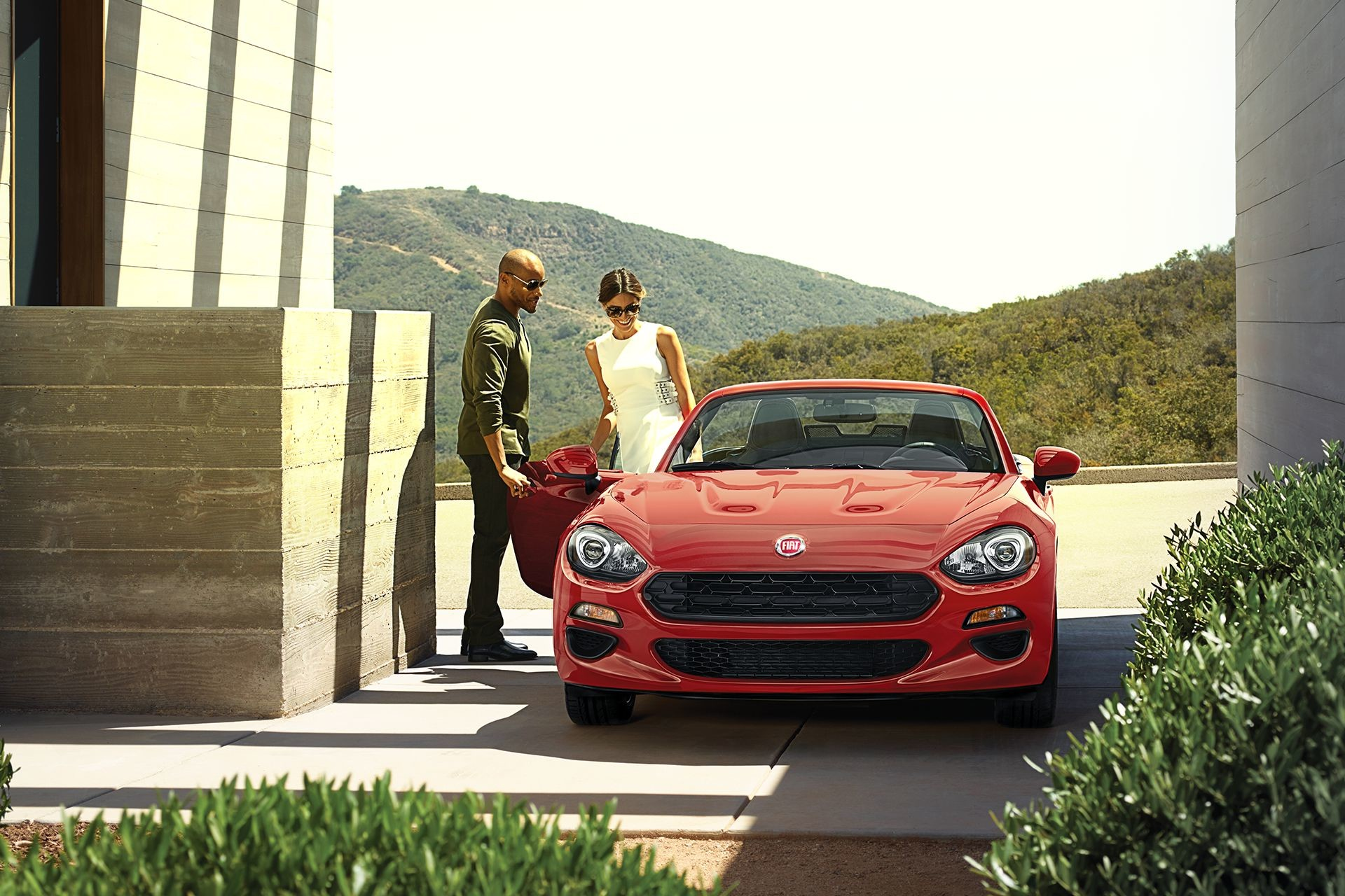 2018 Fiat 124 Spider Roadster gallery exterior italian in every way