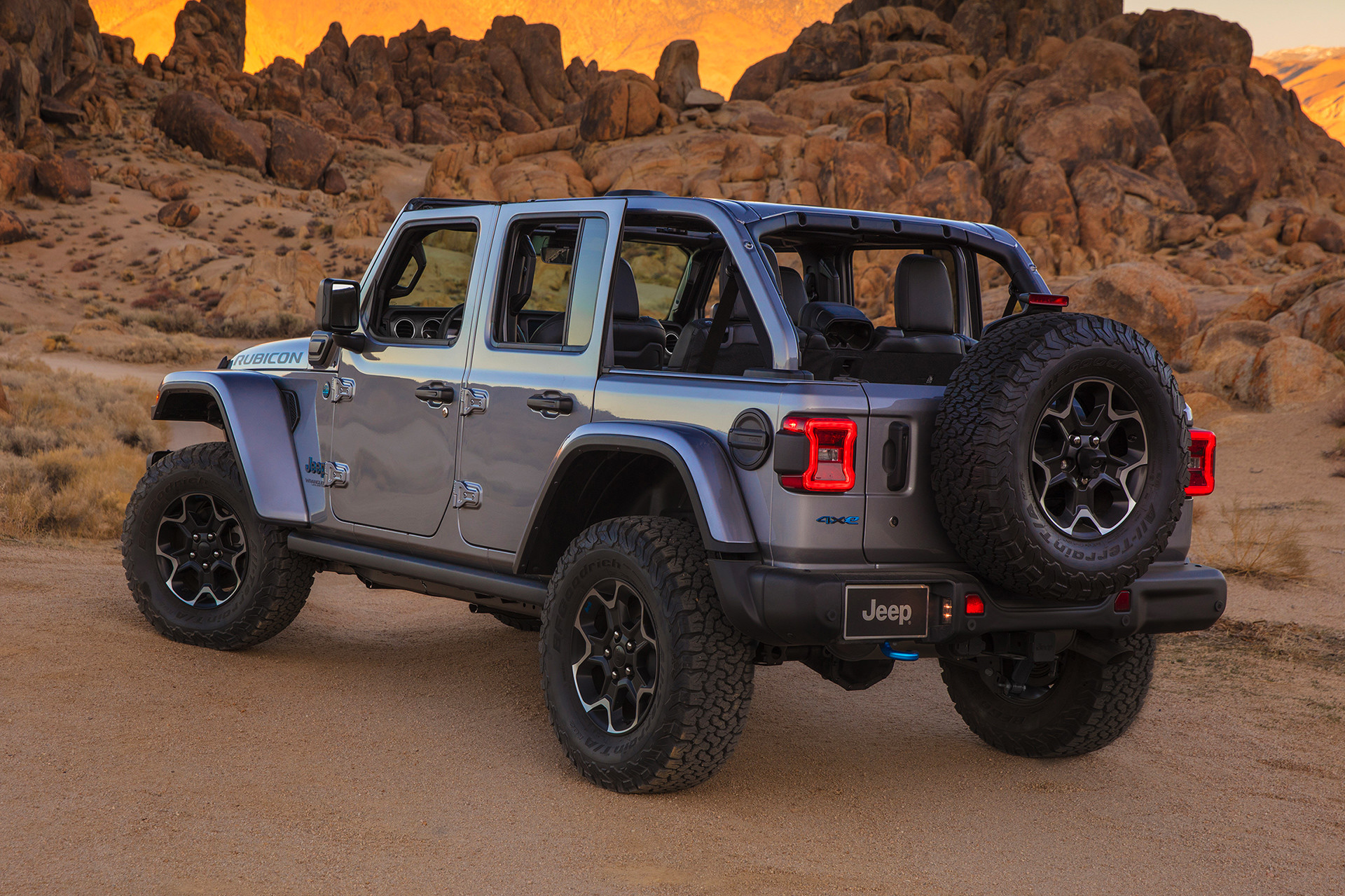 2021 Jeep Wrangler 4xe parked in the desert with top off.
