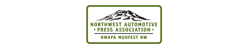 The 2015 Jeep<sub>®</sub> Cherokee Trailhawk named 'Best Family SUV' by Northwest Automotive Press Association