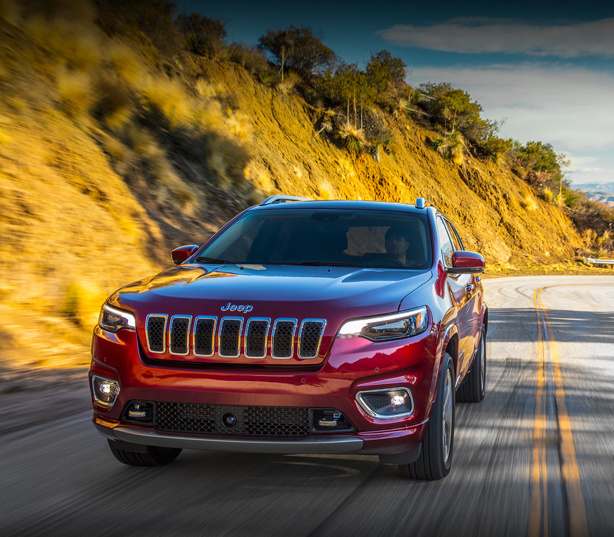 New 2019 Jeep Cherokee Mid-Size SUV