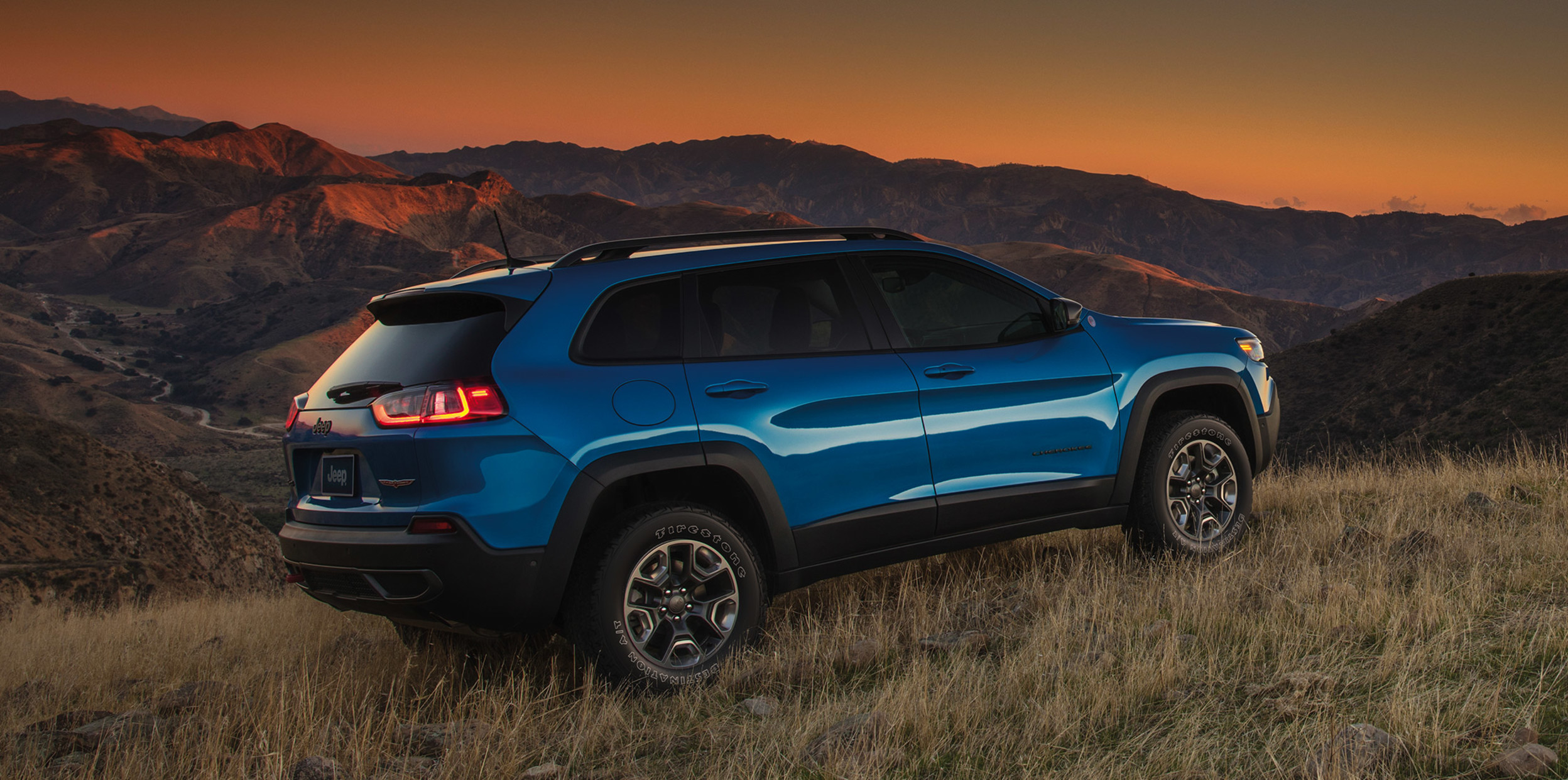 The 2021 Jeep Cherokee Mid Size Suv Jeep Canada