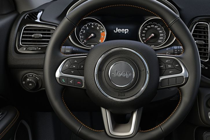photo compass jeep cars interior images m gallery carwale