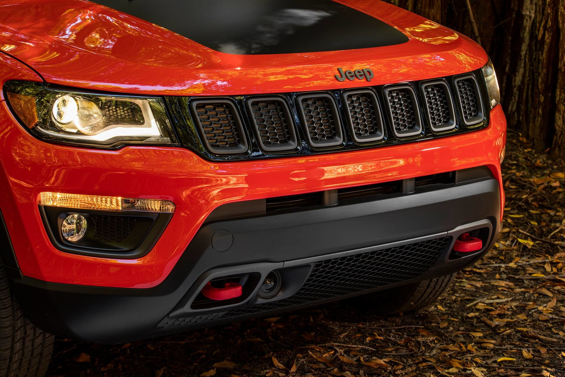 2019 Jeep Compass with red tow hooks