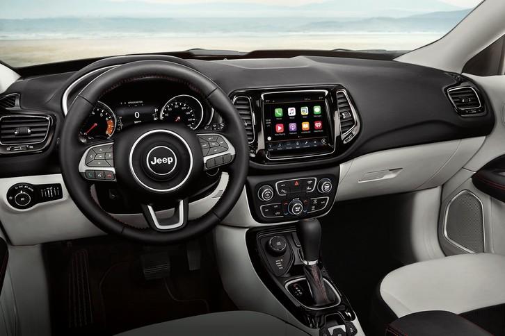 vue qua le conducteur de la console du jeep compass 2019