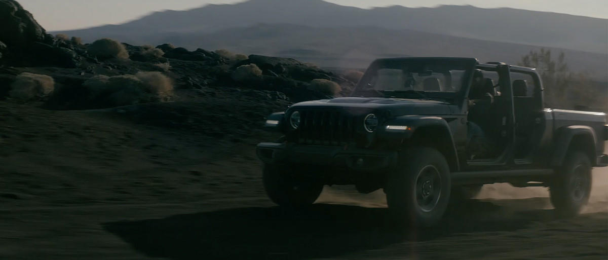 7e9cf86a93c68 A new adventure with the same Jeep® DNA. The All-New 2020 Jeep® Gladiator  has arrived.