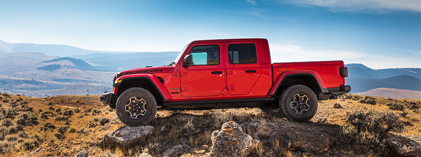 Jeep Wrangler Pickup Price >> All New 2020 Jeep Gladiator It S Finally Here Jeep Canada