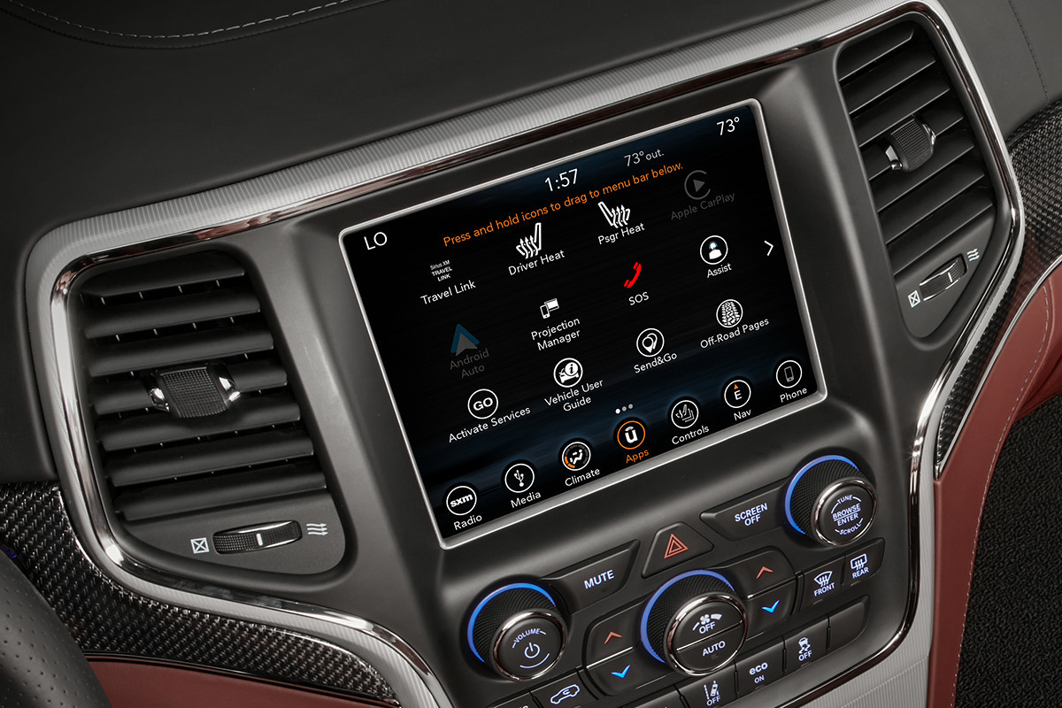 2018 Jeep Grand Cherokee SUV UConnect Performance Pages