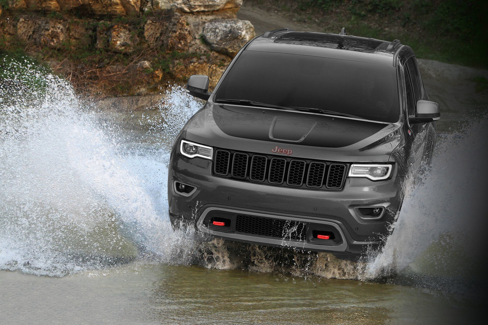 2018 Jeep Grand Cherokee SUV Quadra-Life Air Suspension