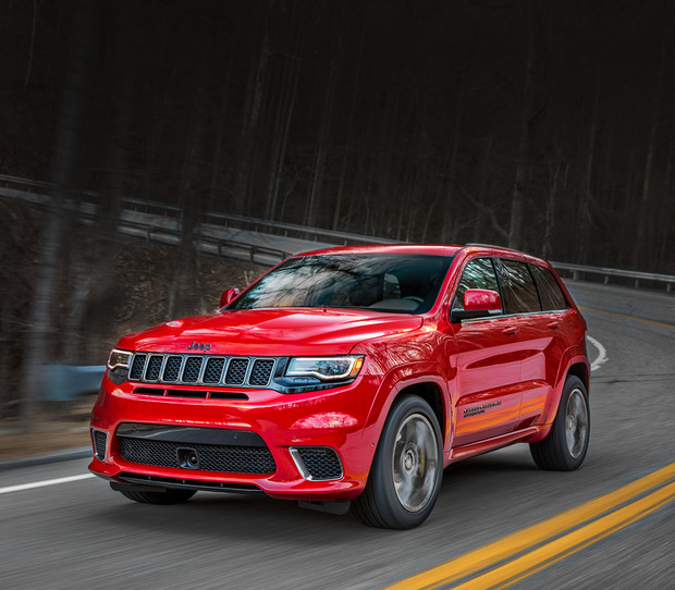 VUS Jeep Grand Cherokee Trackhawk 2018 illustré en rouge