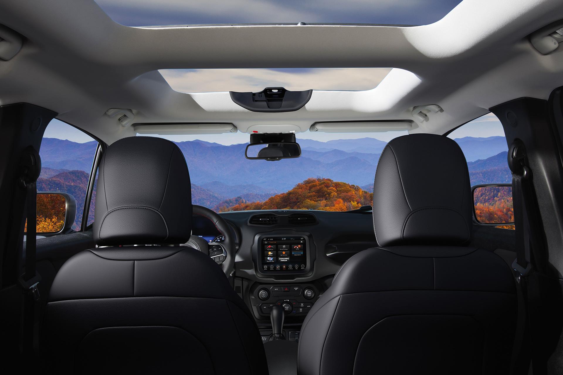 Jeep Renegade Interior >> 2019 Jeep Renegade Interior Gallery Jeep Canada