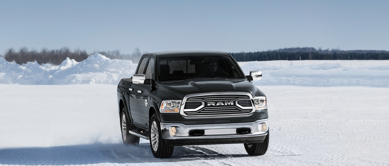 2018 RAM 1500 front grille