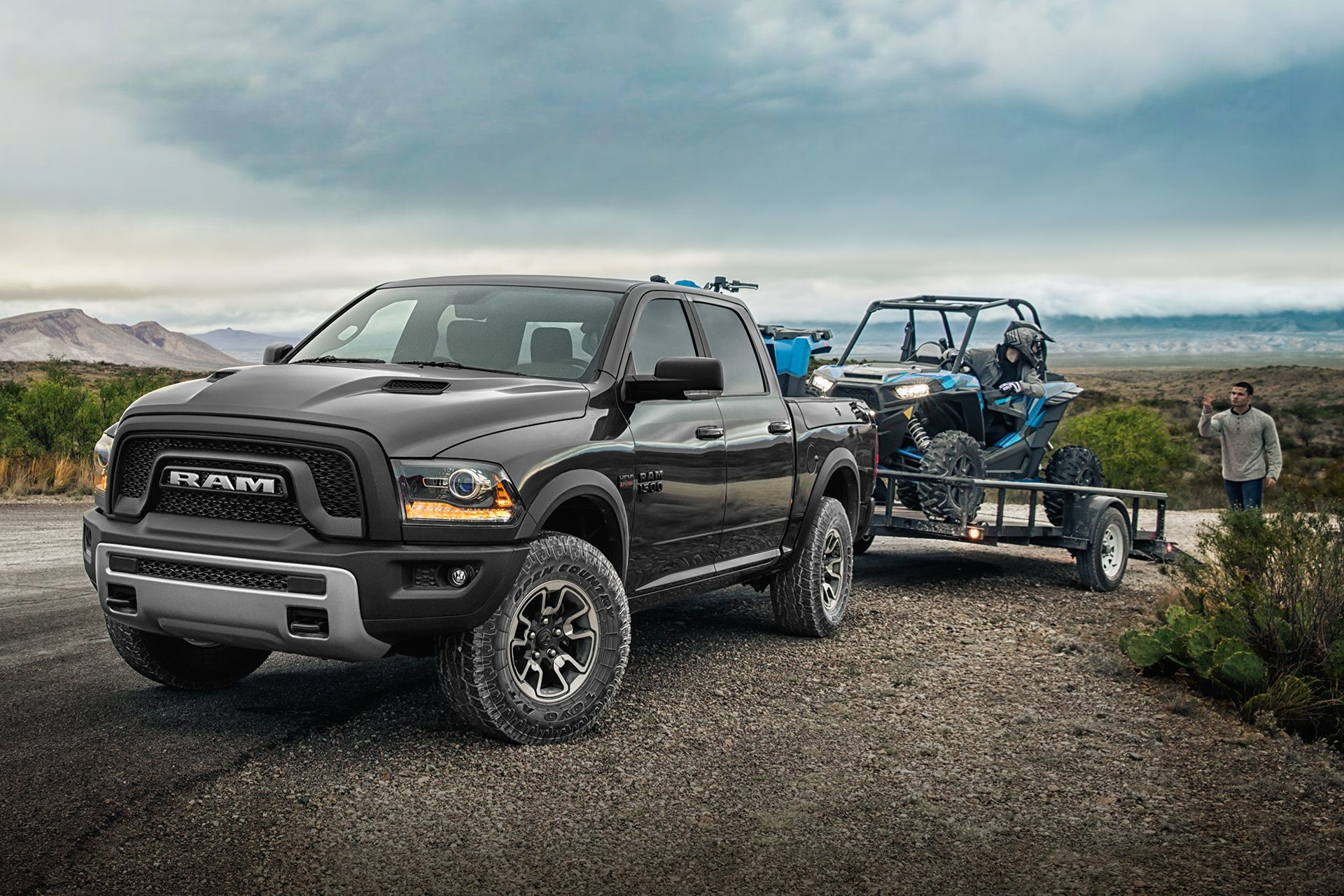 2018 RAM 1500 exterior 4x4 capability with dirt bike