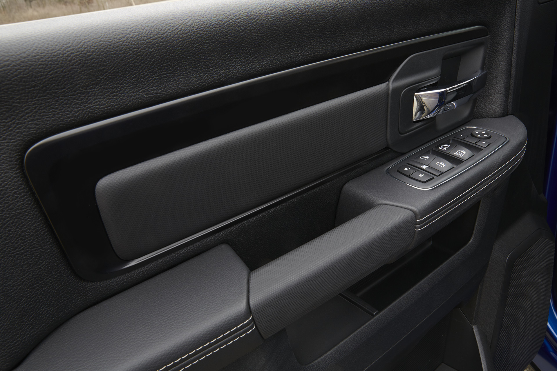 2018 RAM 1500 interior organized cabin convenience