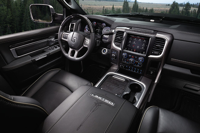 2018 RAM 2500 Pickup Truck Luxury Interior Laramie Limited Display