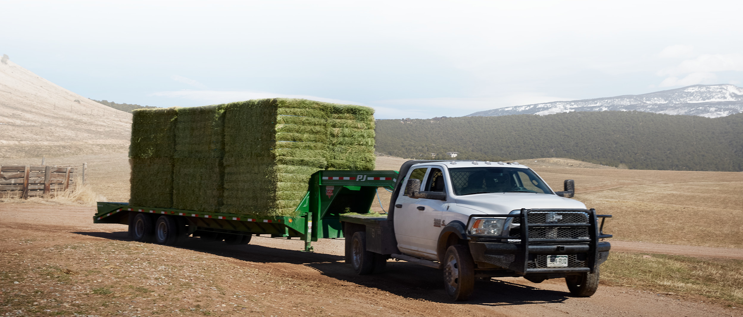 2018 RAM Chassis Cab side view towing hay