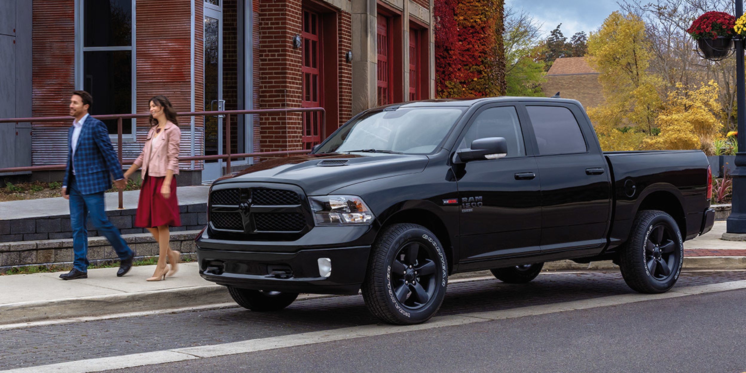 Dodge Ram Trucks >> Ram Pickup Trucks And Commercial Vehicles Ram Canada