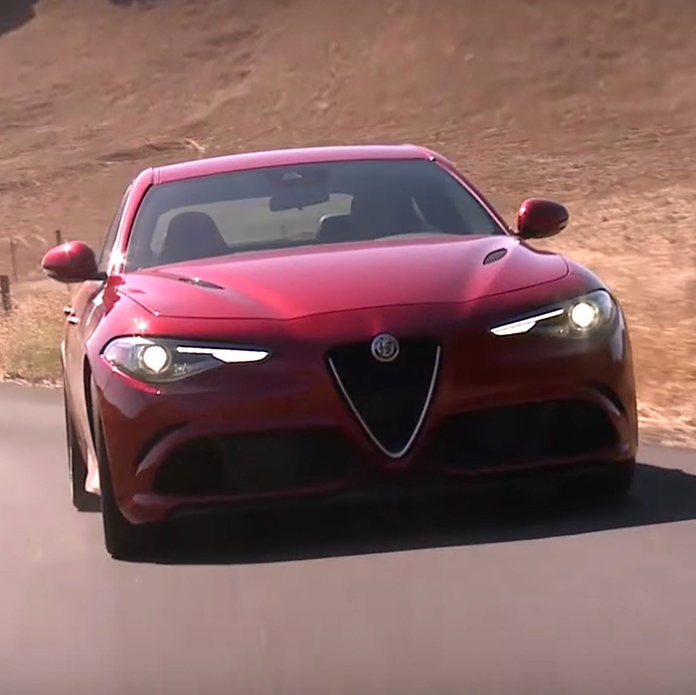2018 Alfa Romeo Giulia Luxury Sport Sedan