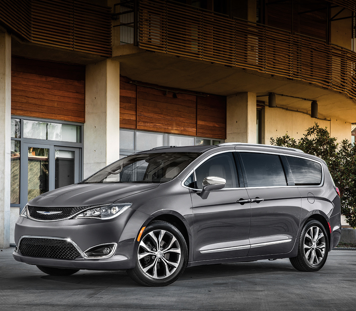 Chrysler Pacifica Limited Edition: Mini-fourgonnette Chrysler Pacifica 2019