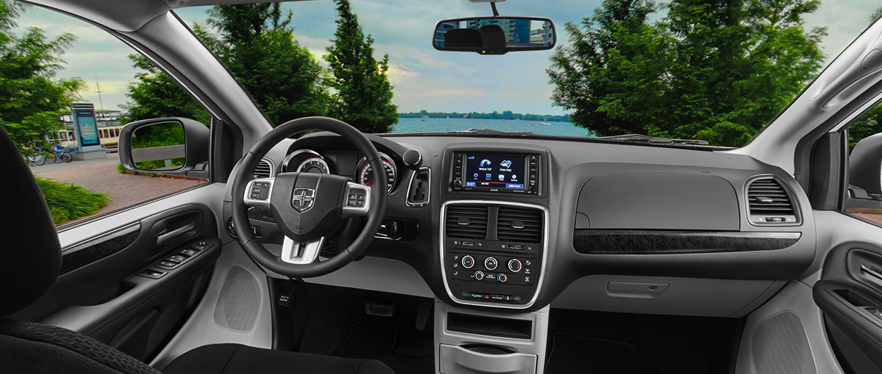Royal Gate Dodge >> Dodge Caravan 2017 Interior Images | Brokeasshome.com
