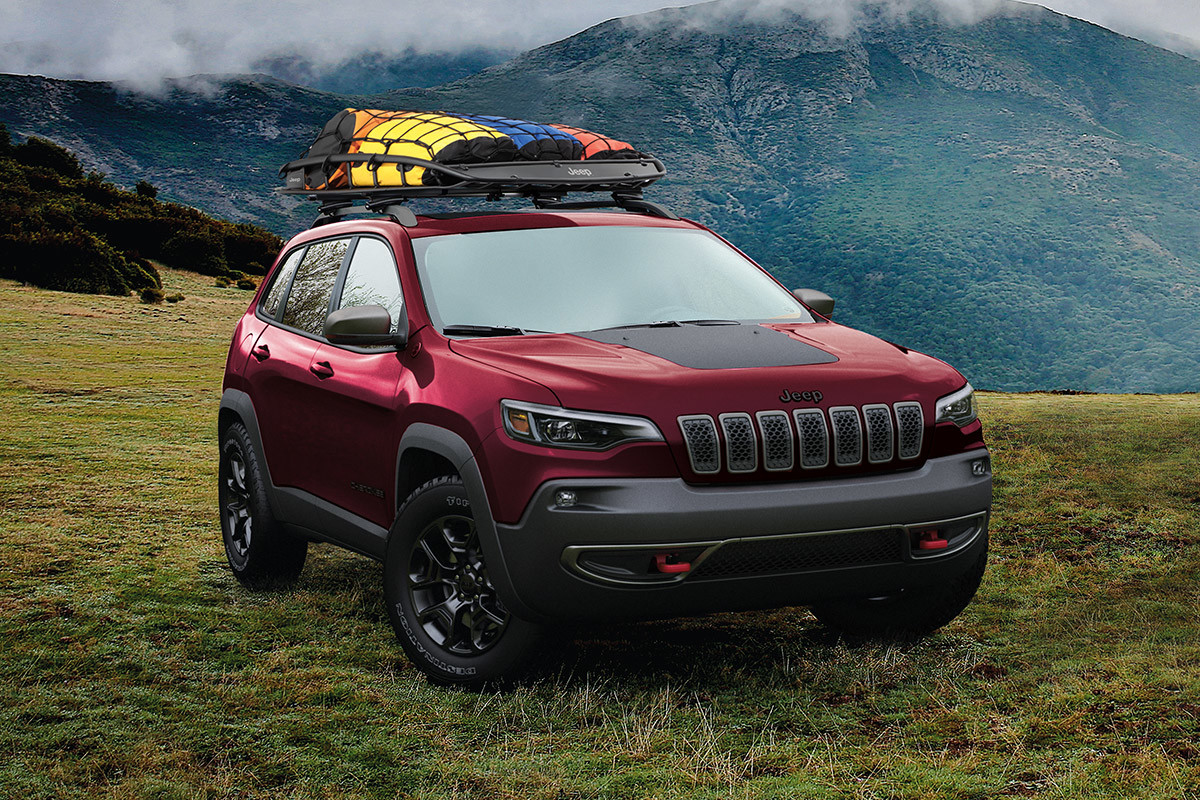 2020 jeep cherokee efficiency red parked hill rooftop accessories 2c43582bb05128f63710a8e8dd8b7725